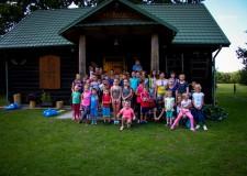 Powiększ zdjęcie zdjęcie zbiorowe wszystkich uczestników spotkania